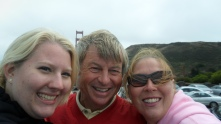family in front of the Golden Gate Bridge